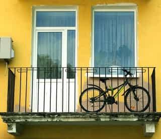 室内保管ができないベランダの自転車