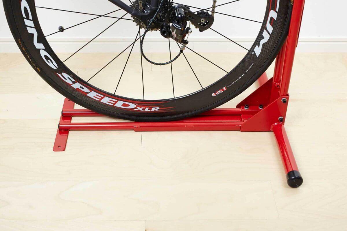 自転車スタンド(室内縦置き型)、ロードバイクスタンド、クランクストッパースタンドCS-650の後輪部分
