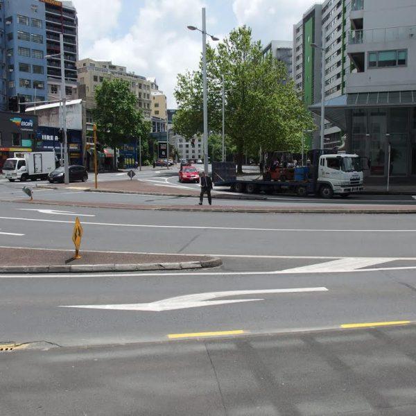 ニュージーランド自転車事情:NZの左折レーン