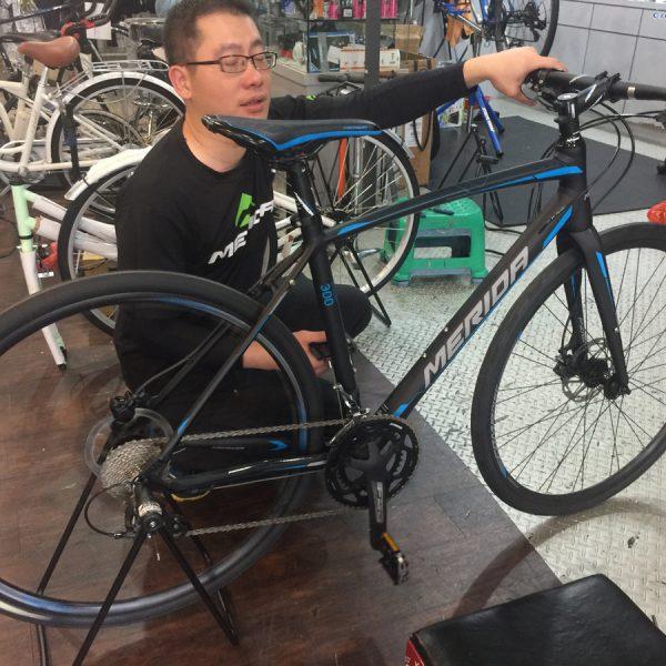 MERIDAのクロスバイク購入@台湾。7万円也