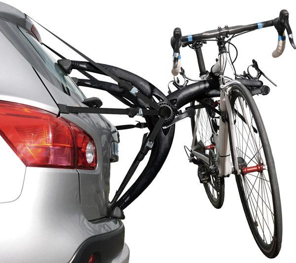 自転車リアキャリアって後方センサーと干渉する?