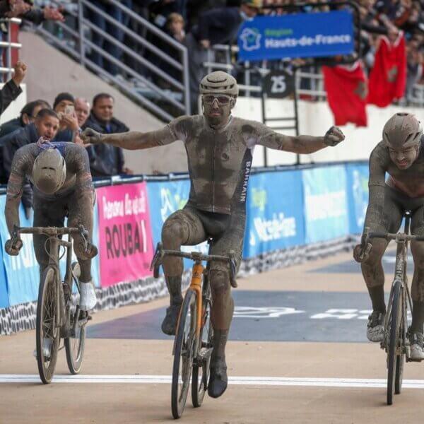 泥んこレース パリ・ルーベ2021